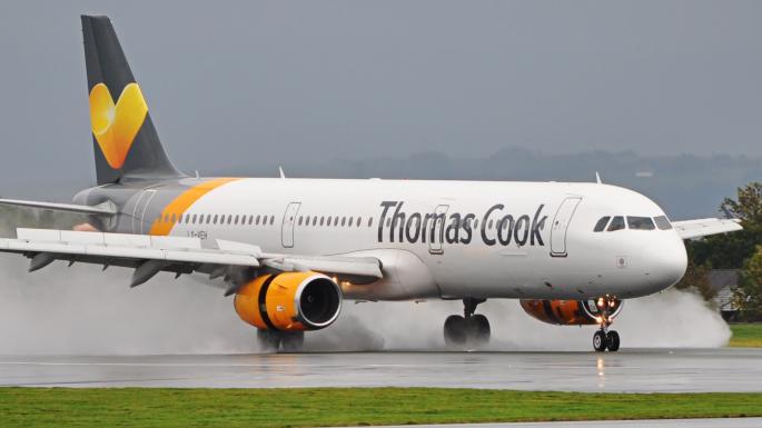Firma britanică de călătorie Thomas Cook se prăbușește, blocând peste 150.000 de oameni în vacanța