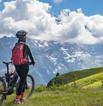 România înregistrează scăderi de 44% în sectorul turismului. Se preconizează că aceste vor ajunge la 75%.