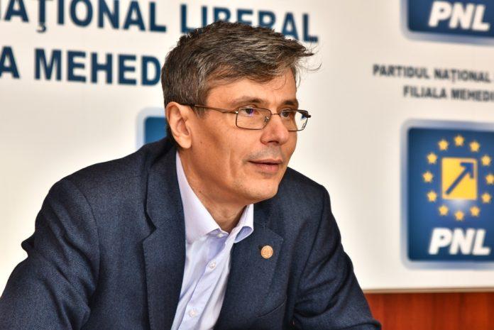 Virgil Popescu - A scăzut practic economia, putem să spunem că are o contracţie deja între 30 şi 40%