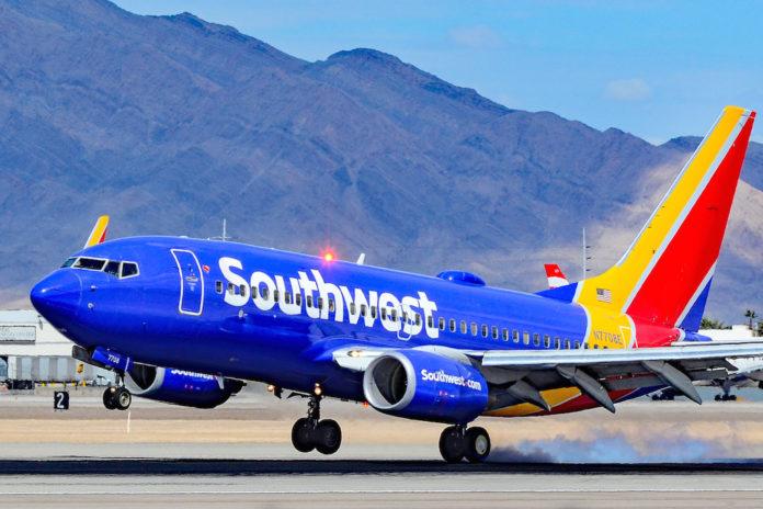 Southwest Airlines înregistrează pierderi de 915 milioane dolari, avertizează că cererea de călătorie va rămâne slabă fără vaccinul coronavirus