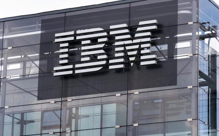 IBM își cere scuze pentru concedierea unui angajat transgender în 1968