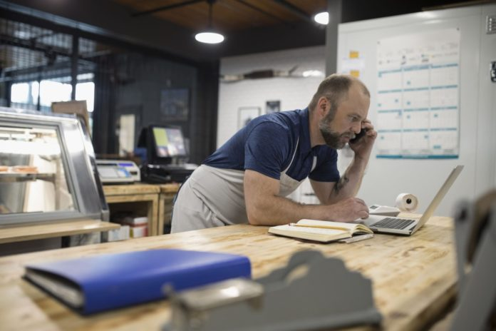 Social media ajută la dezvoltarea micilor afaceri pe timp de pandemie